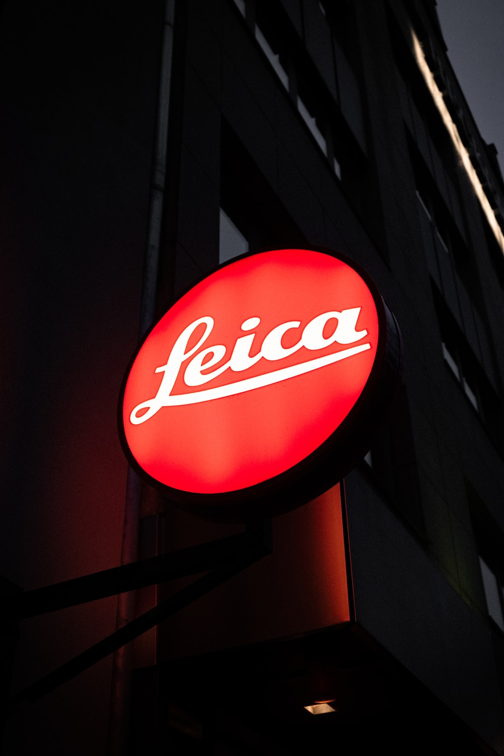 Leica lighted signage