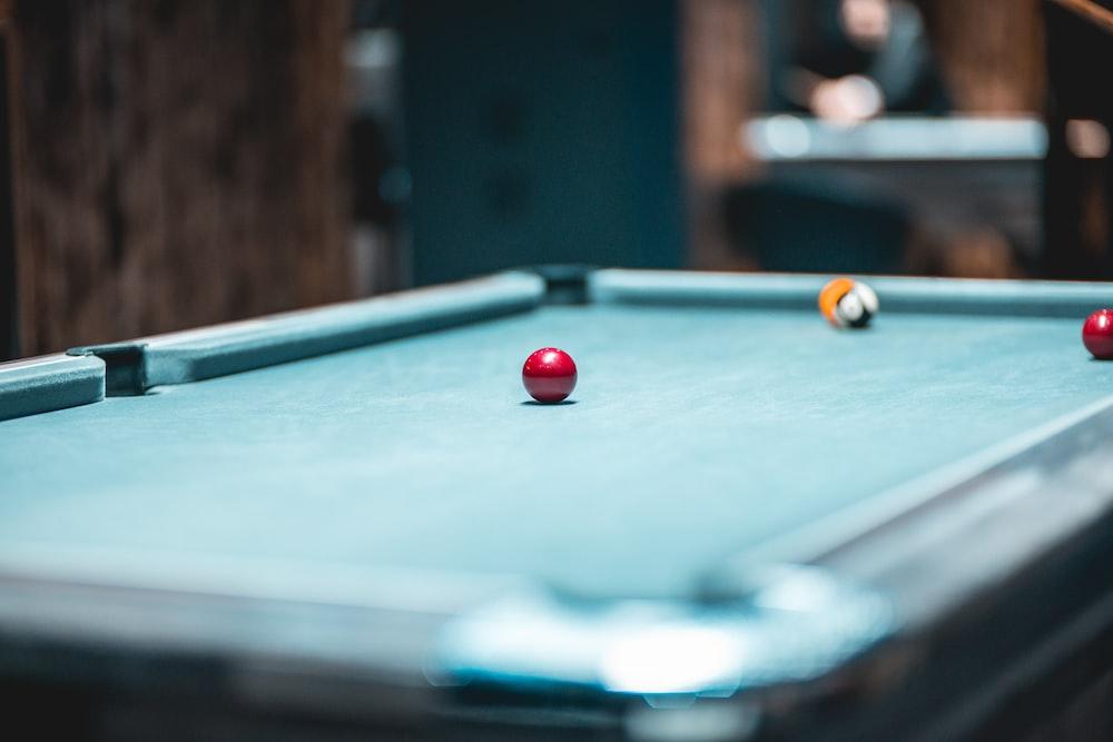 green pool table