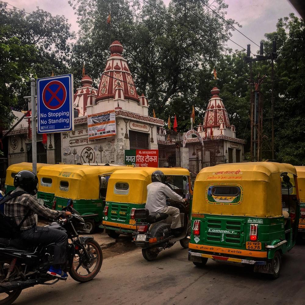 auto rickshaws on road