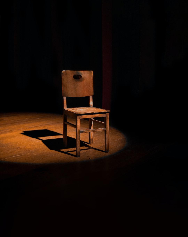 Foto do espetáculo do ator Eraldo Fontiny.