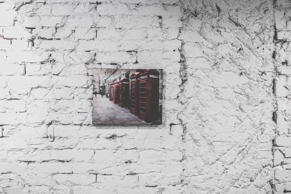 gray wall decor