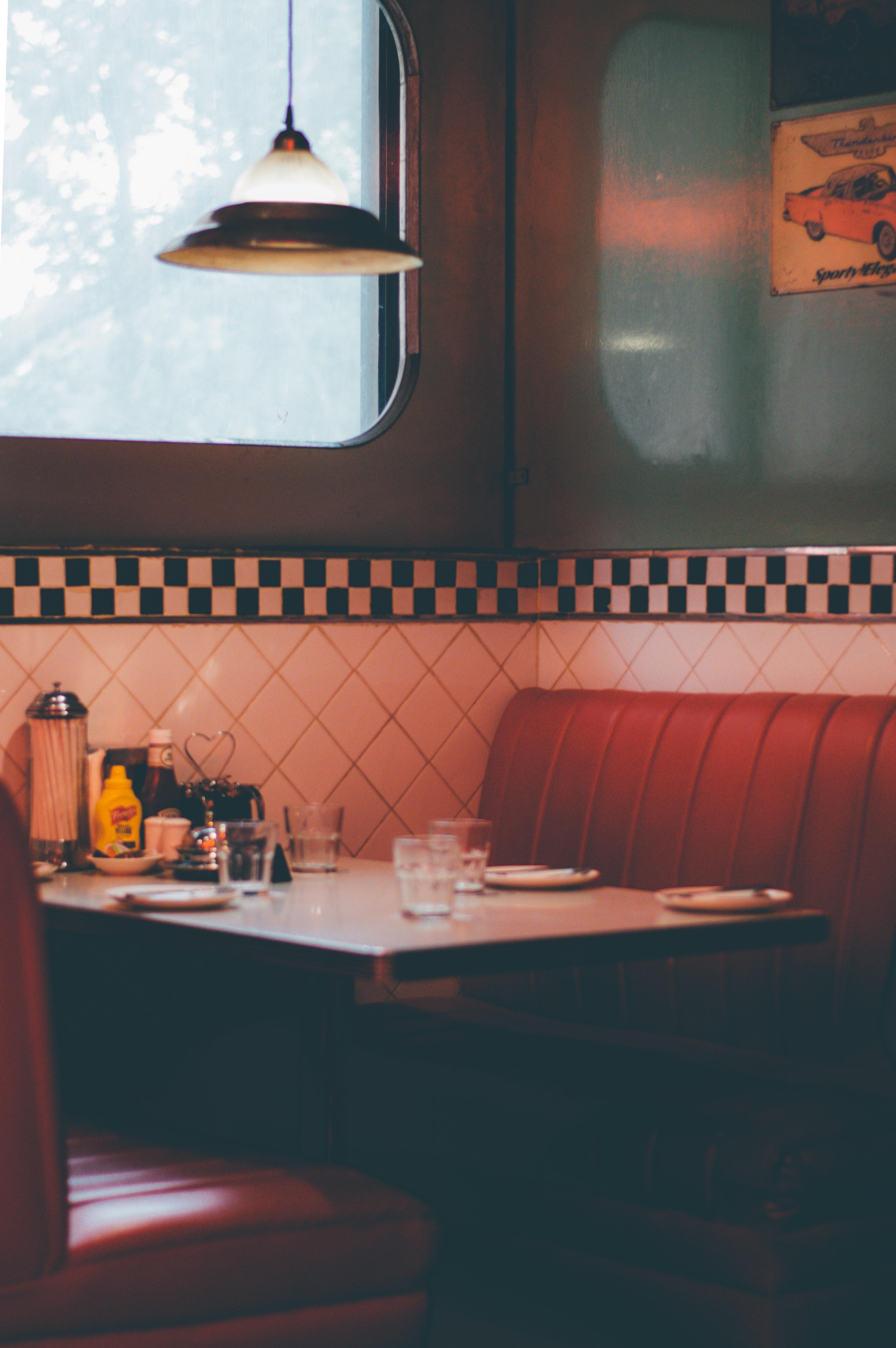 Vintage Diner Pictures Download Free Images On Unsplash