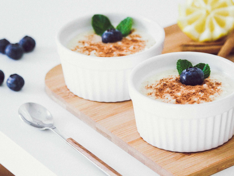puddings on white ramekins