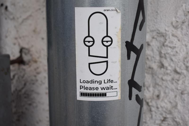 loading life please wait illustration