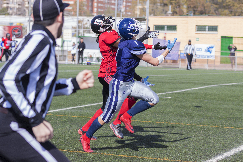 men playing football at daytime