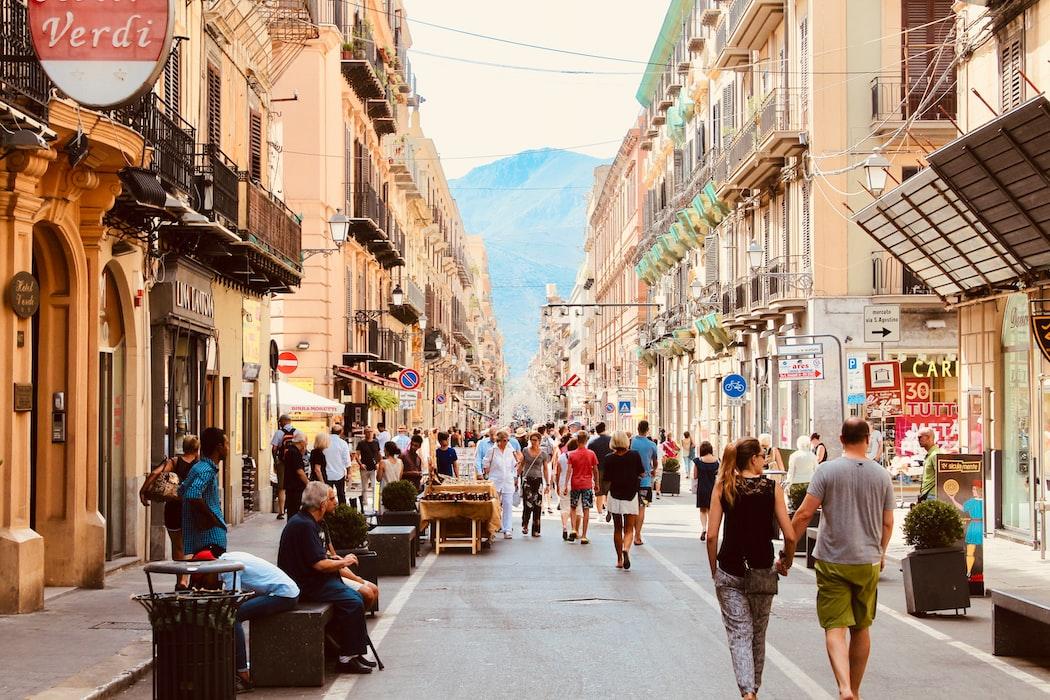 Aeolus and Agios Markos Streets