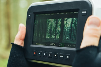 Blackmagic's free video editing app helps YouTubers cut faster