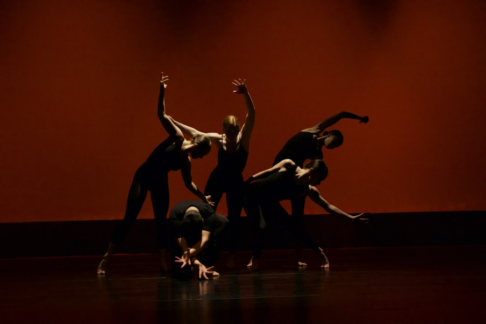 Best 20 Dance Pictures Images Hq Download Free Photos On Unsplash