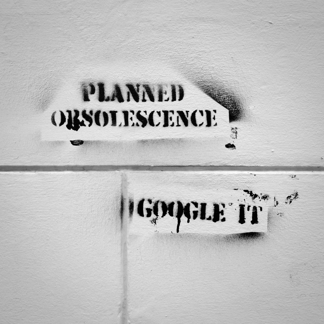 Planned Obsolescence Grafitti in Flensburg! (true story, btw)