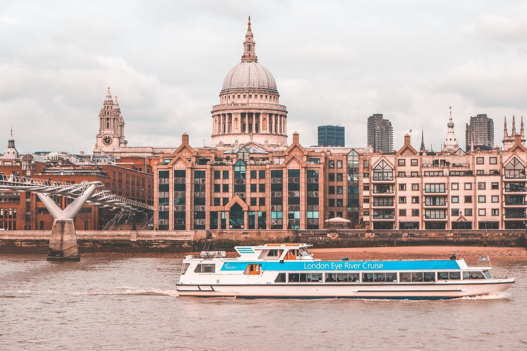 Thames cruise in London