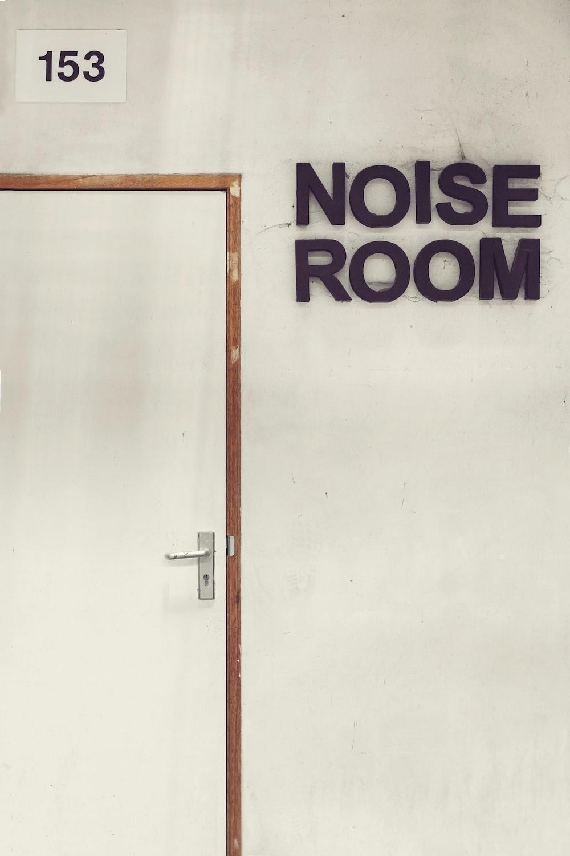 noise room 153