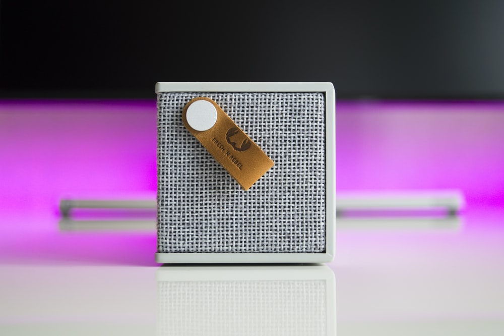 white Fresh 'n Rebel rockbox cube wireless Bluetooth speaker