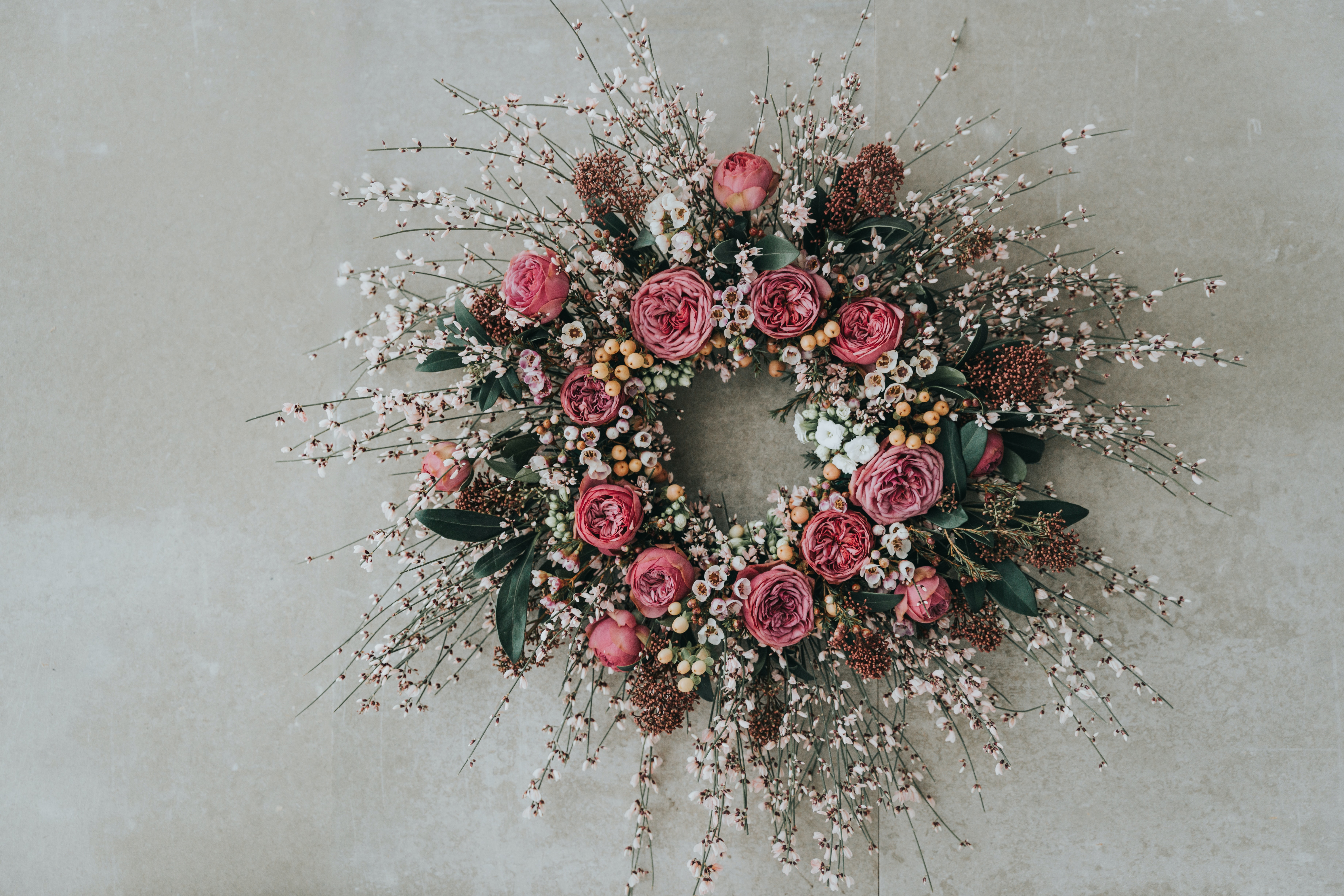 red flowers wreath