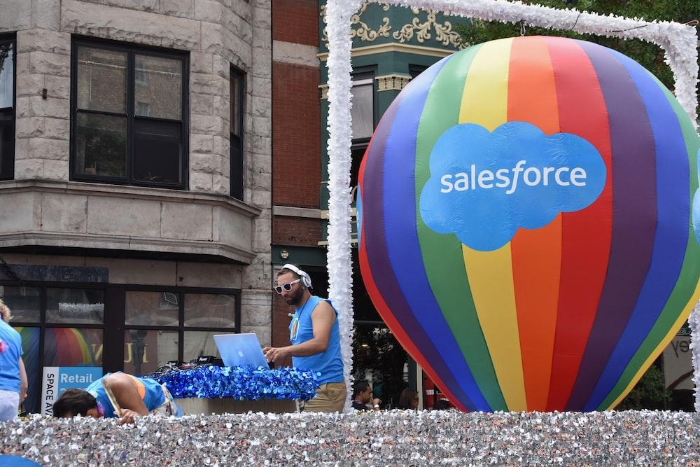 Sales Force air balloon