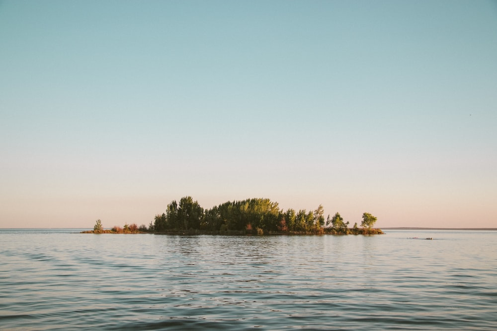 islet at middle of sea