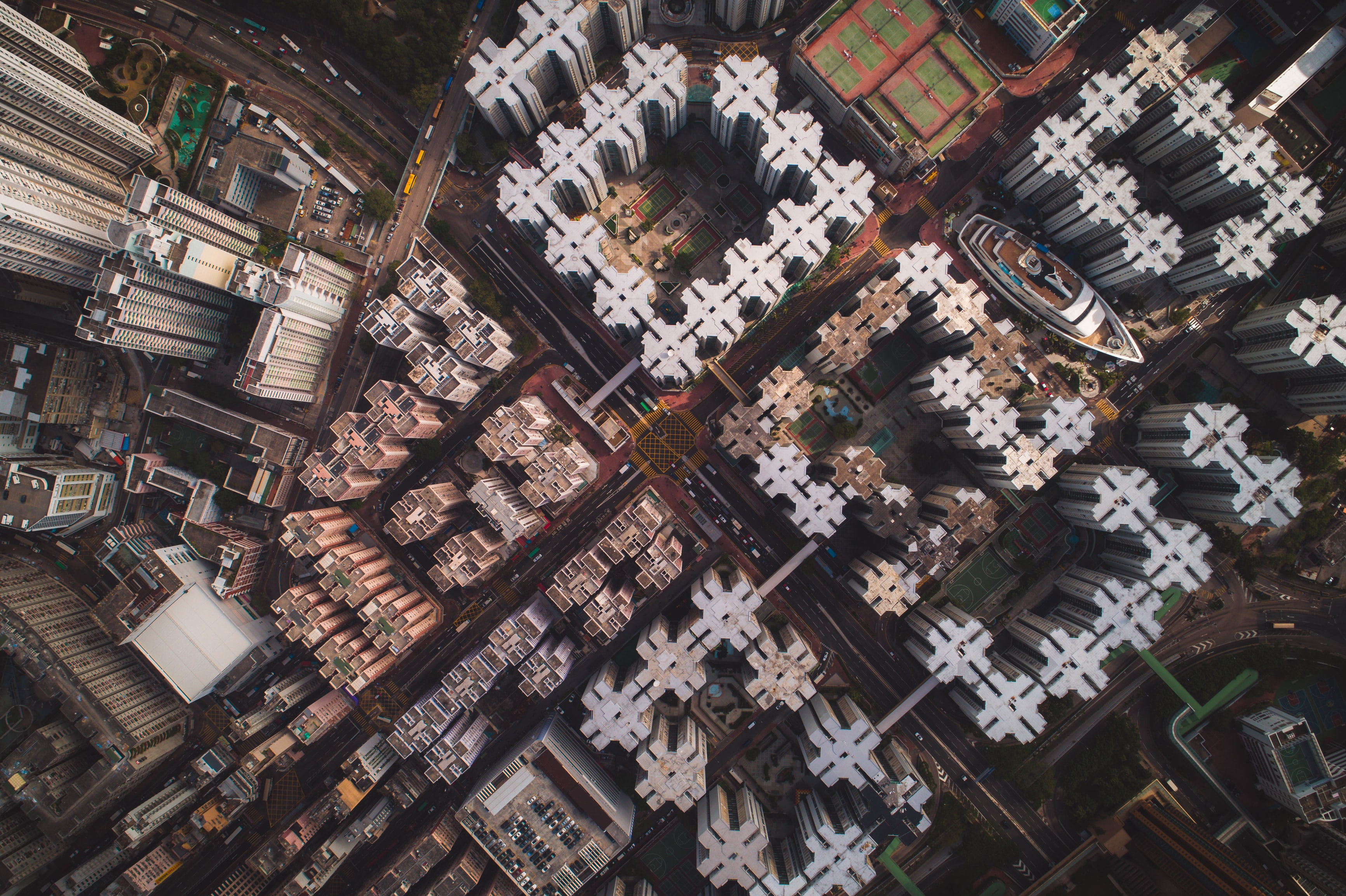 aerial view photography of high rise buildings
