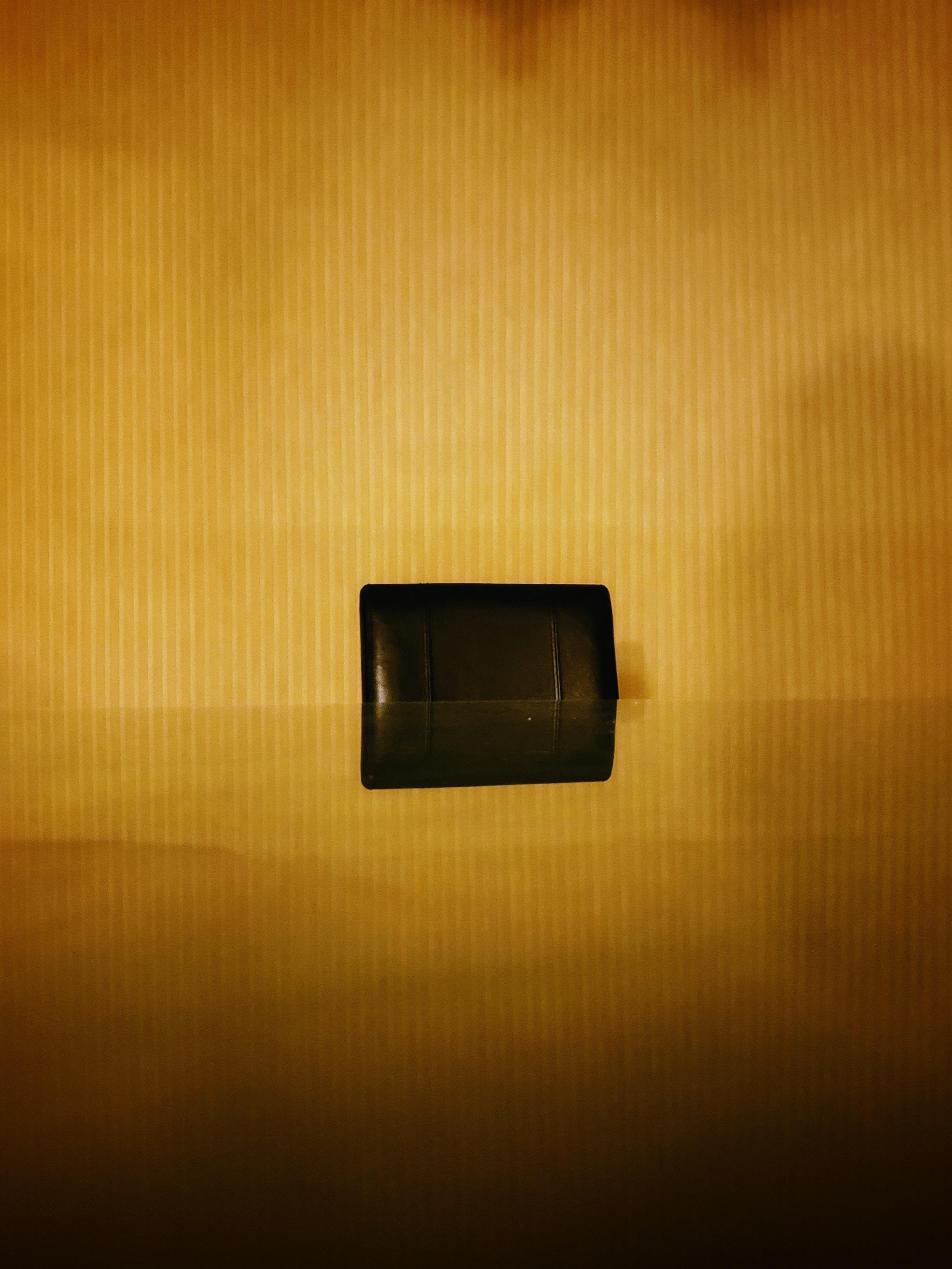 closeup photo of rectangular black component