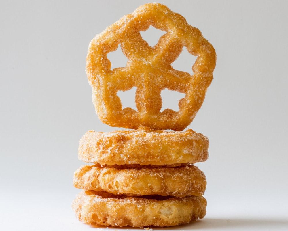 sugar-filled cookies