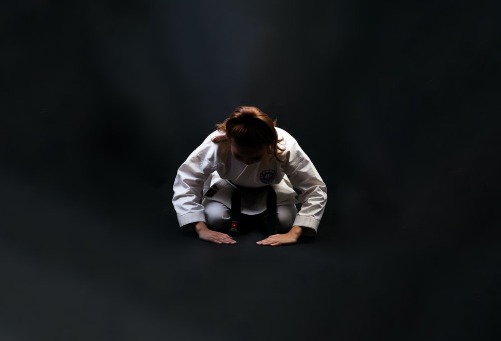 woman wearing karatejee