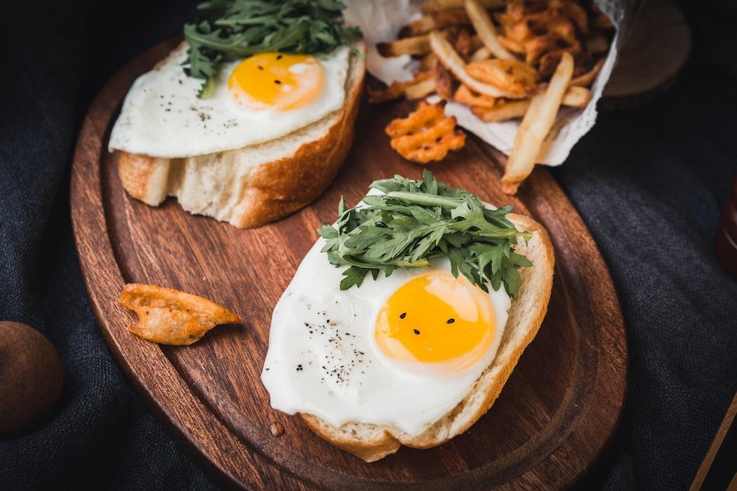 セロトニン 増やす 食べ物 卵
