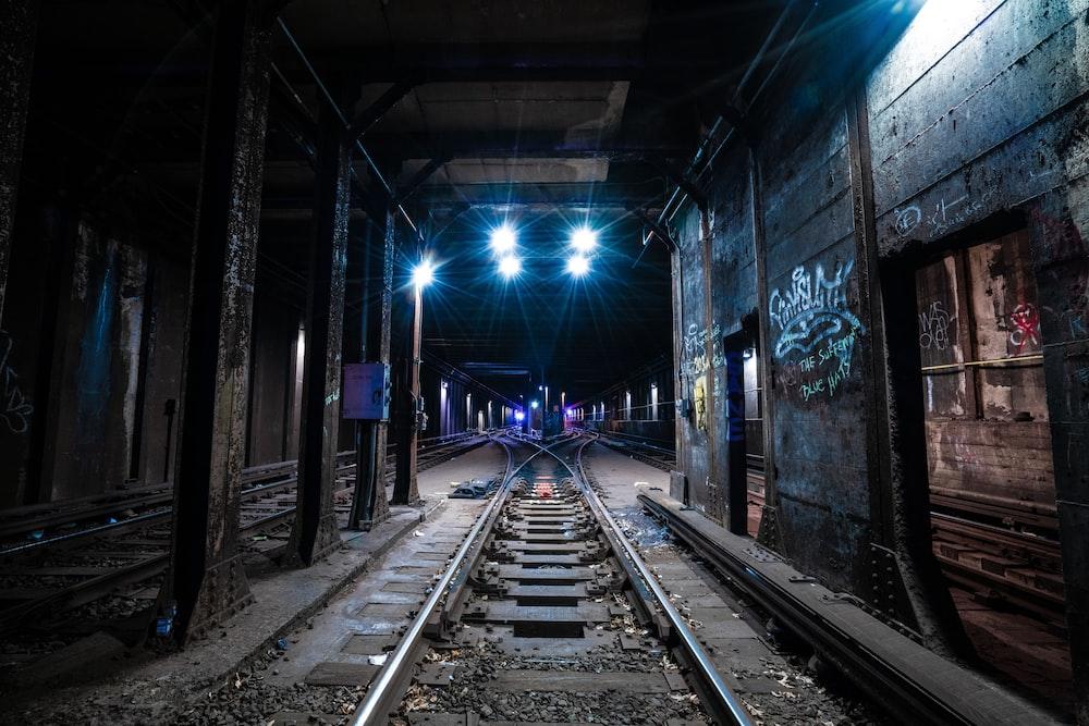 train railway underground