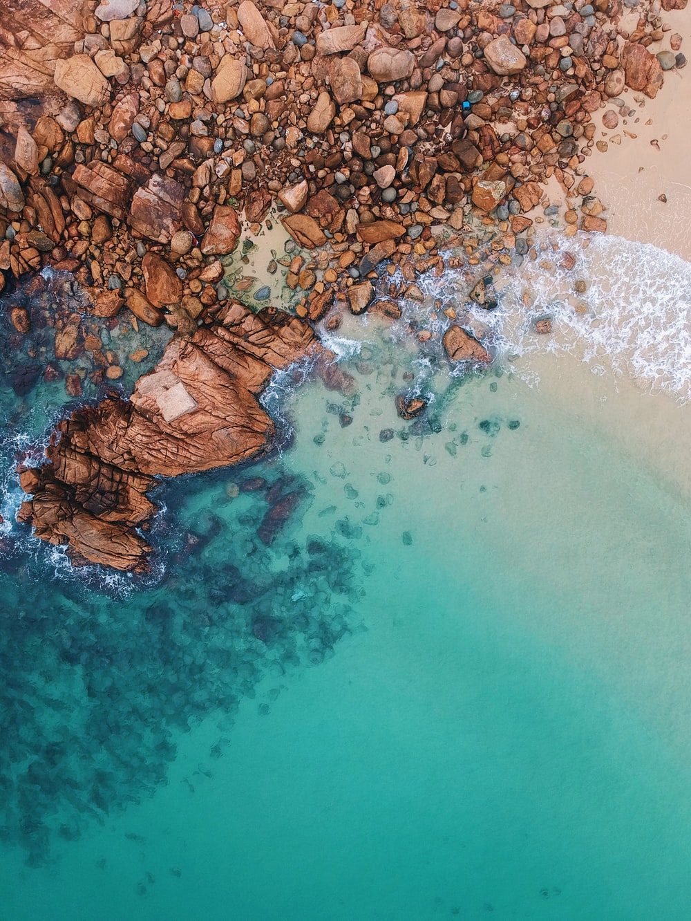 clear blue sea and rocks