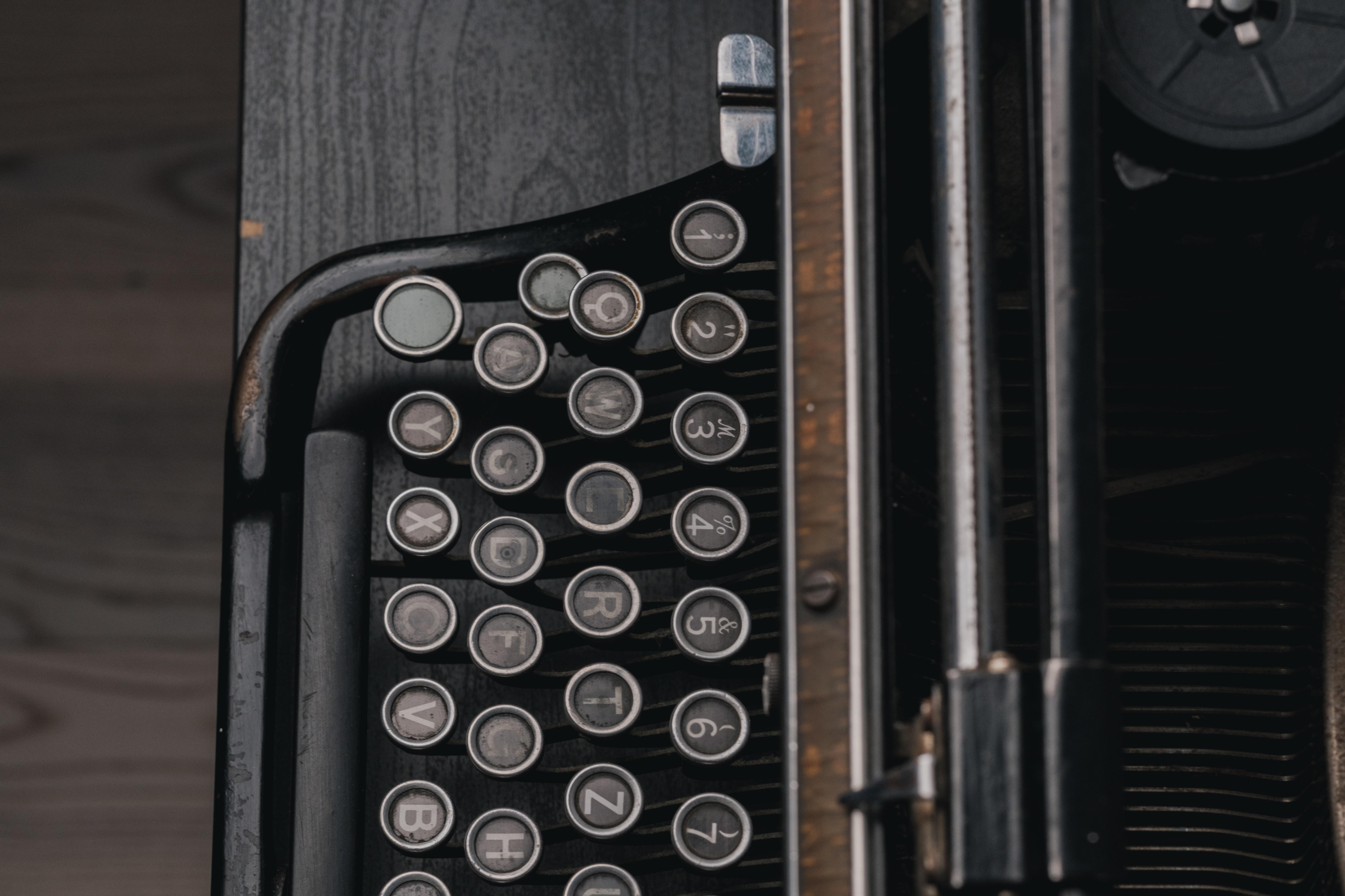 gray and brown typewriter