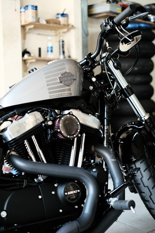 black and gray Harley-Davidson motorcycle