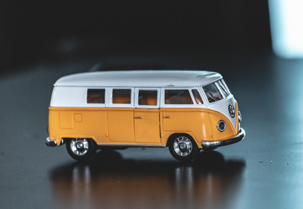 yellow and white Volkswagen T1 scale model