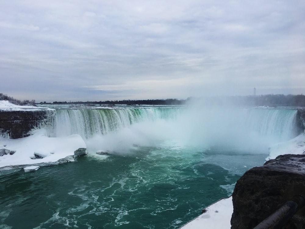 Niagara Falls under white sky
