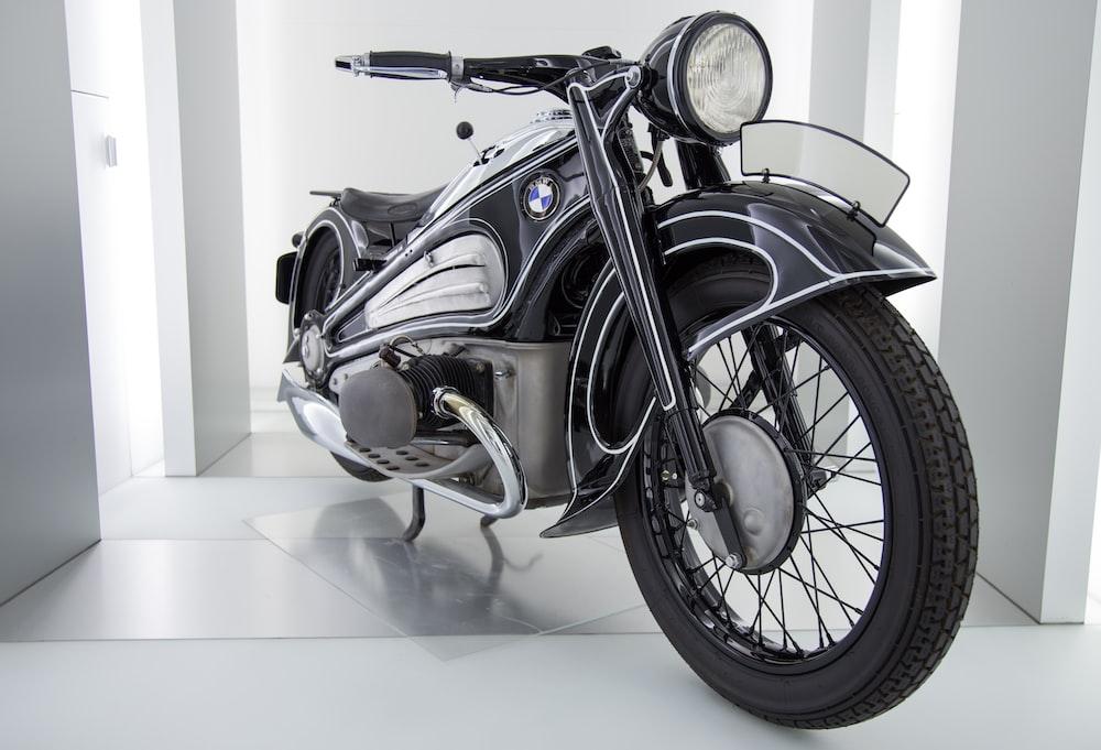 black and gray cruiser bike
