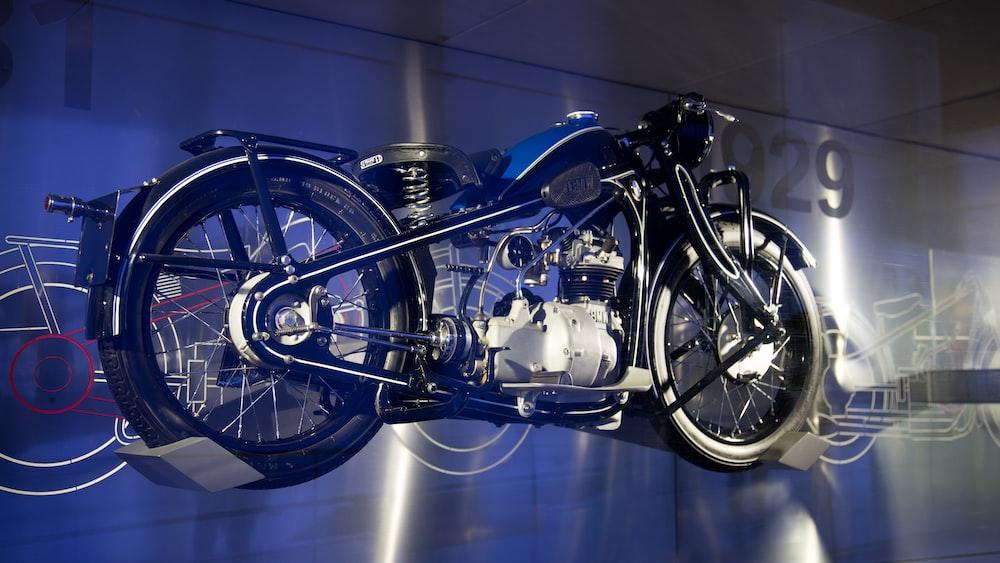 black cruiser motorcycle