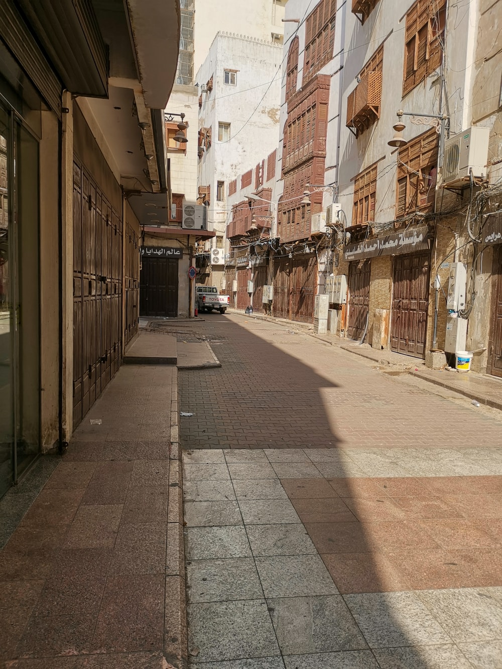 empty alleyway during daytime