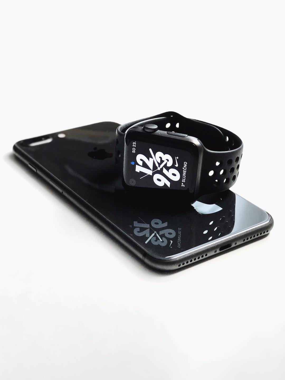 iPhone 8 plus + Apple Watch