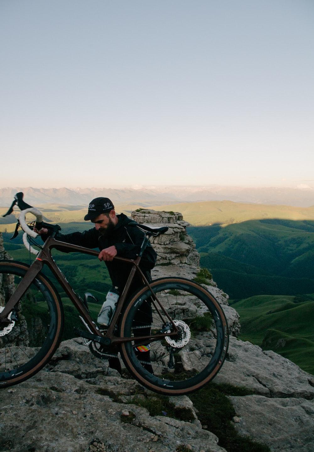 vélor rout VTT gravel bike