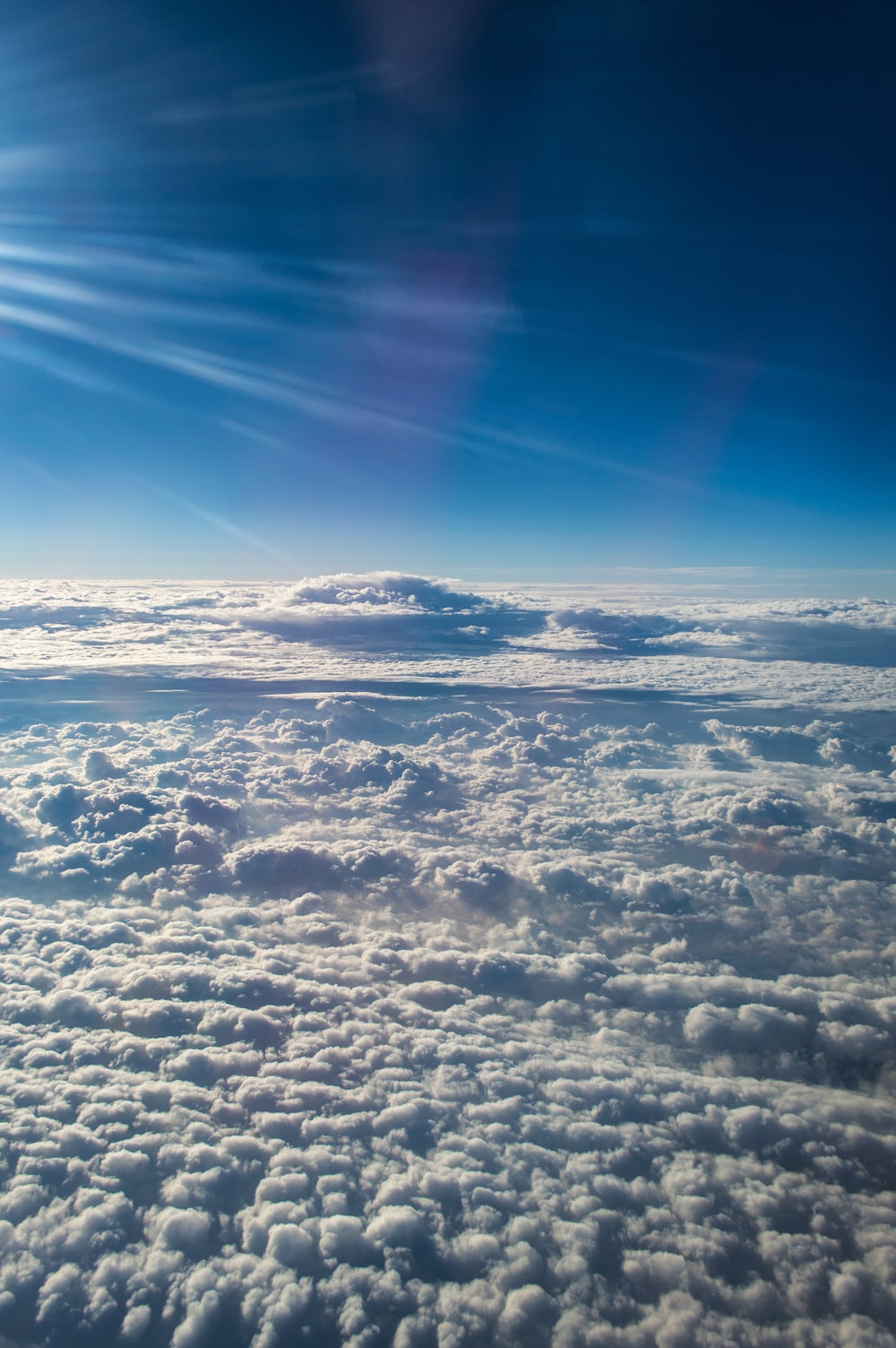 sea of clouds at daytime