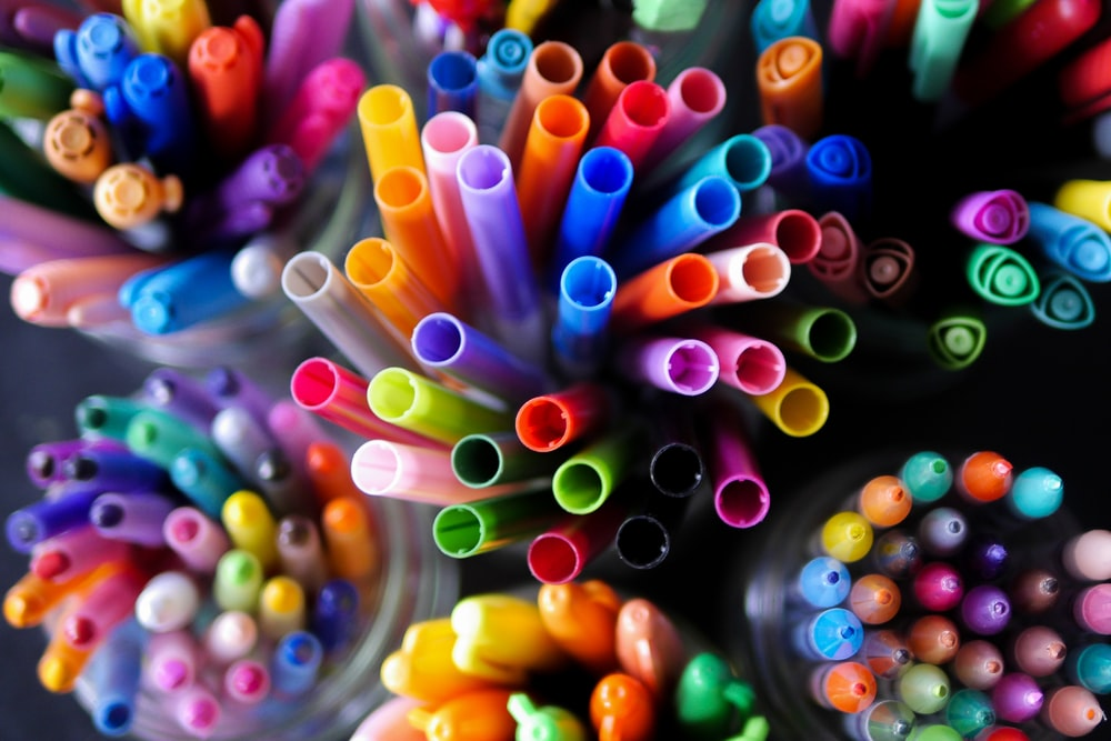 assorted-color straw lot
