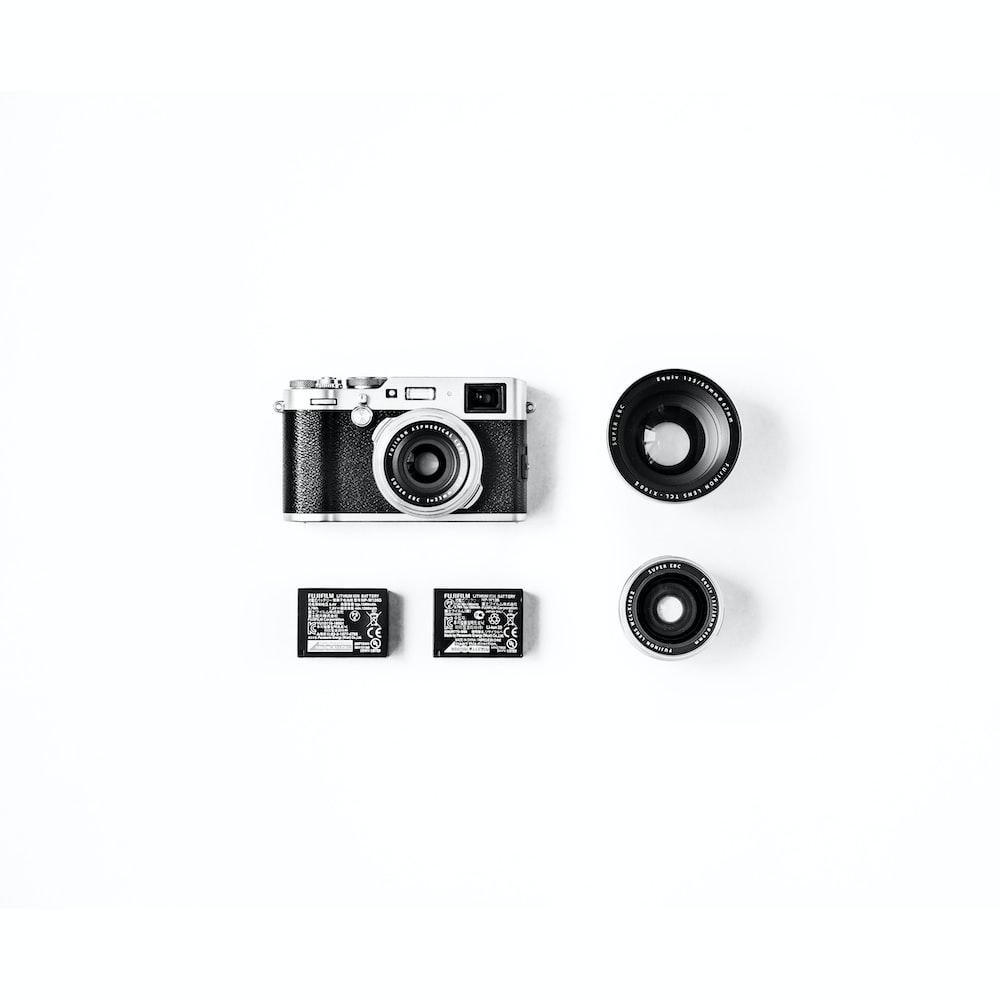 black and gray SLR camera set