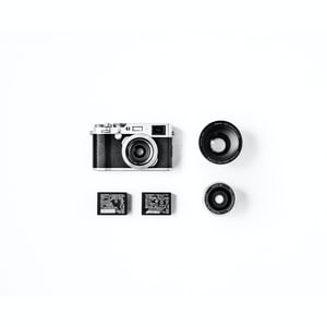 541. Minimalista, fekete-fehér