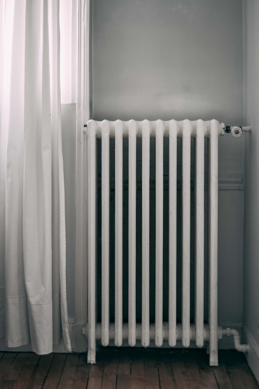 white gas radiator