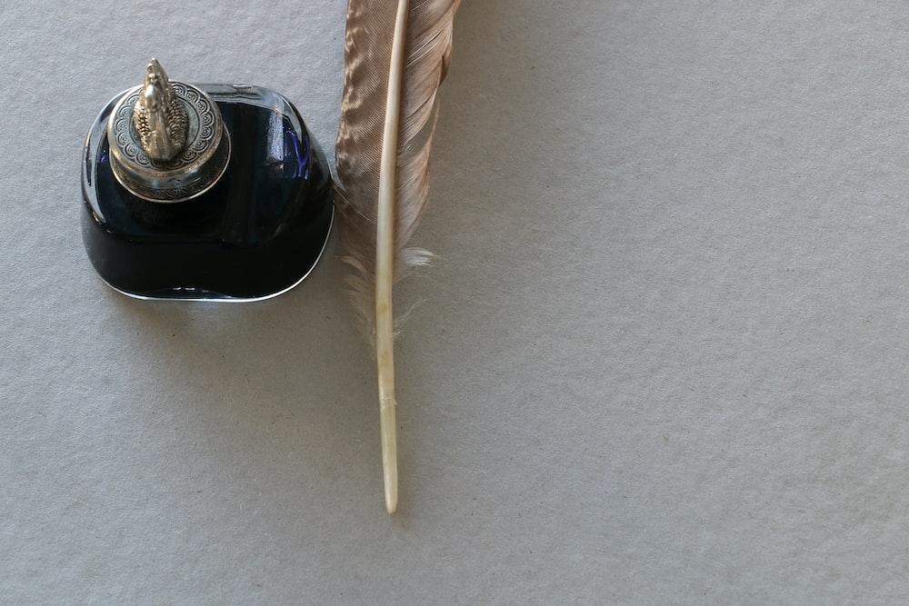 white fountain pen
