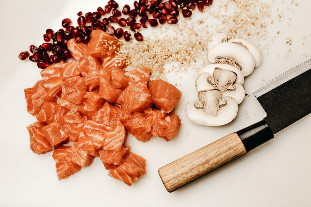 salmon sliced and mushroom