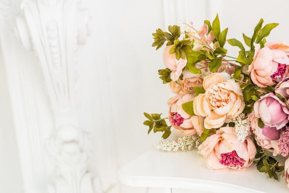 bouquet of beige rose flowers
