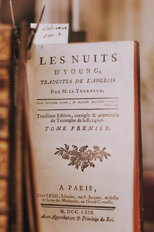 Les Nuits book