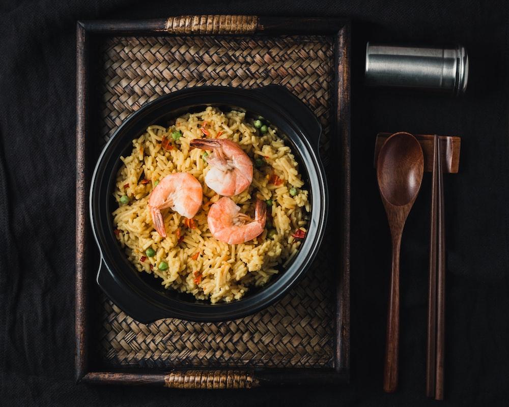 fry rice with prawn dish