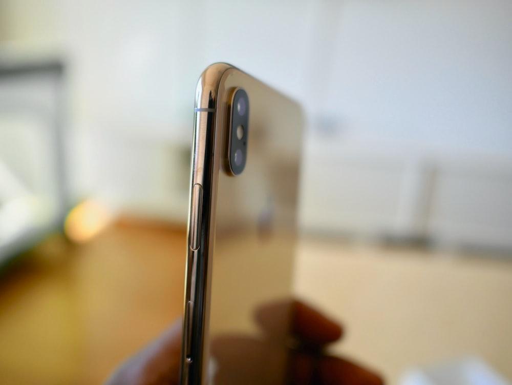 gold smartphone
