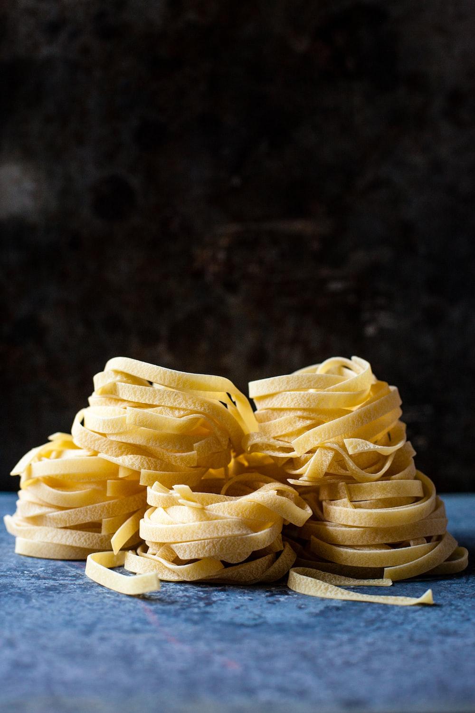 uncooked linguine pastas