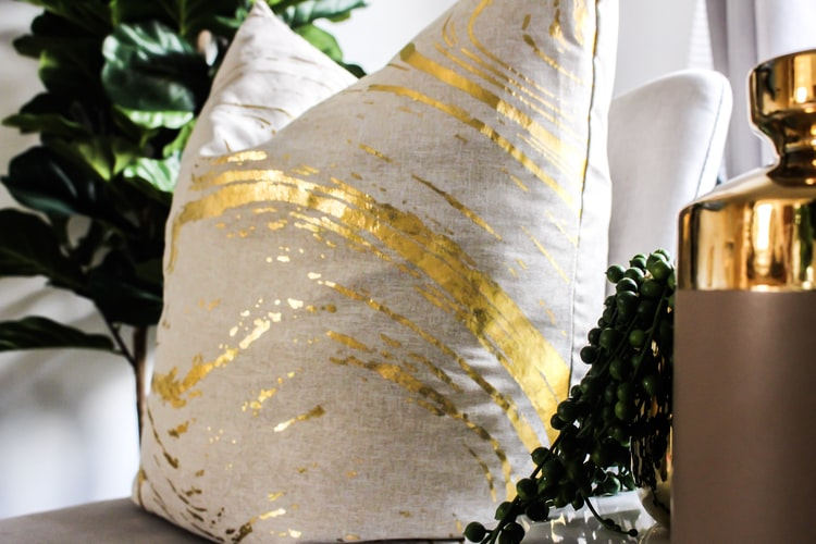Metallic Pillows | Awesome Decorative Throw Pillows You Can Sew This Fall | Customized Pillows