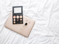 Makeup Flatlay 6