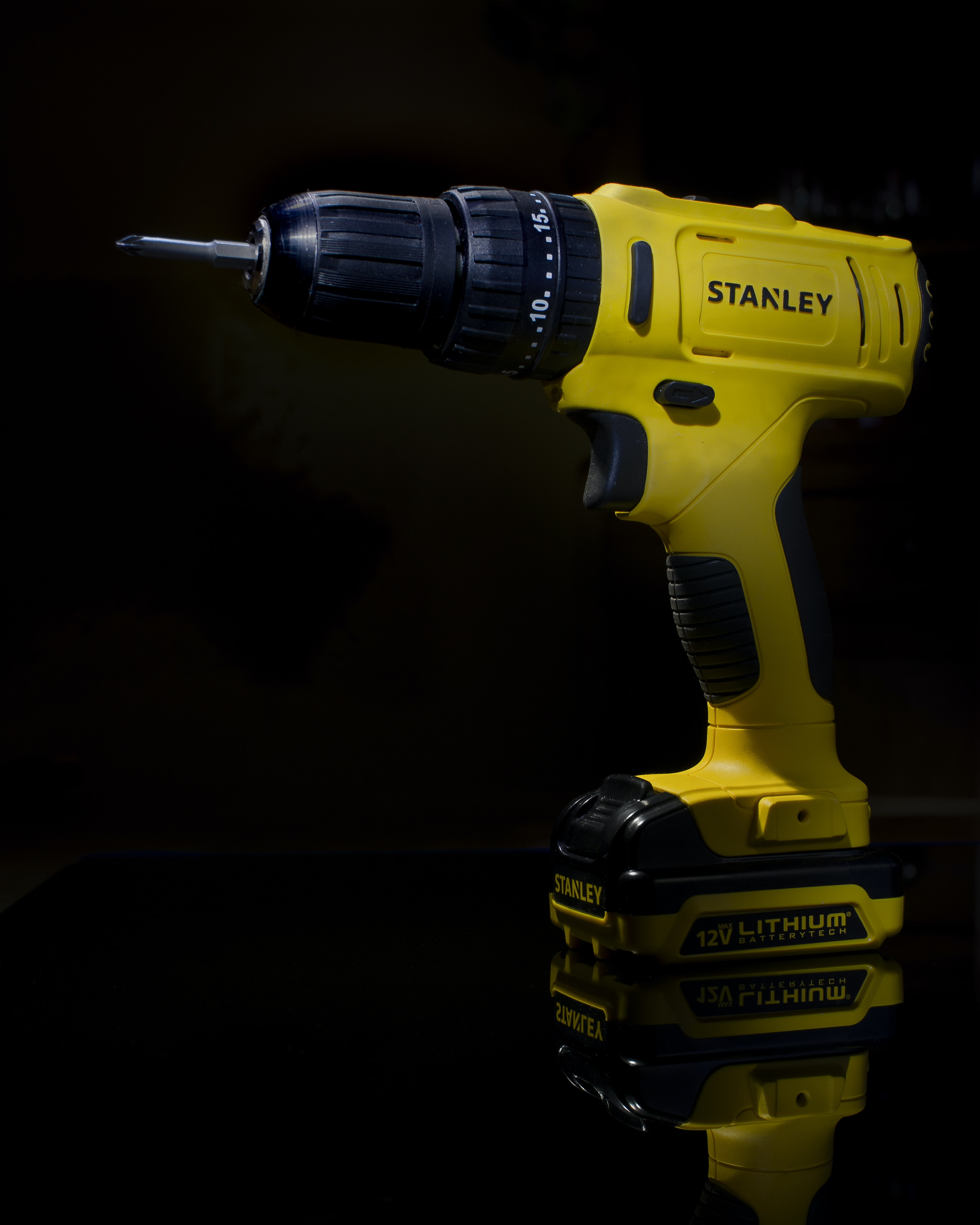 yellow and black Stanley cordless hand drill